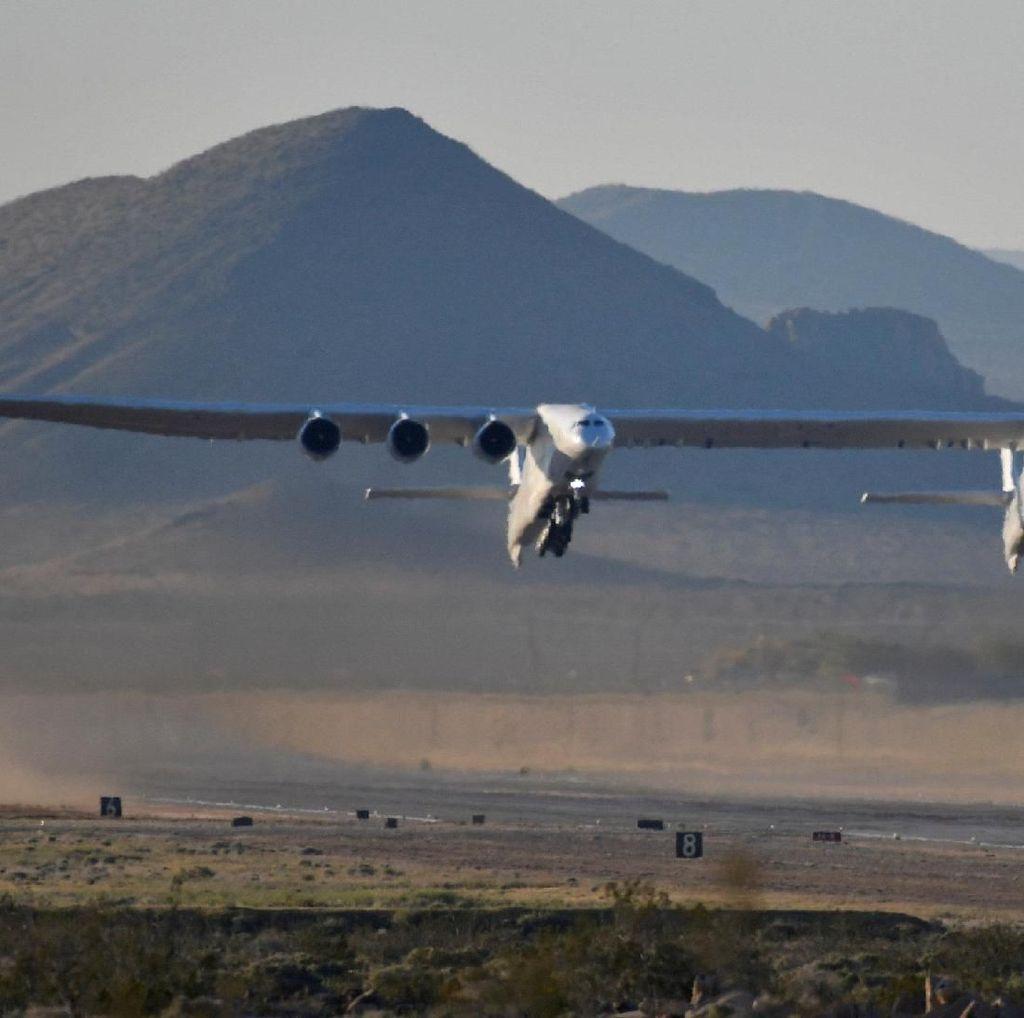 Pesawat Terbesar Dunia Dilego Rp 5,7 Triliun