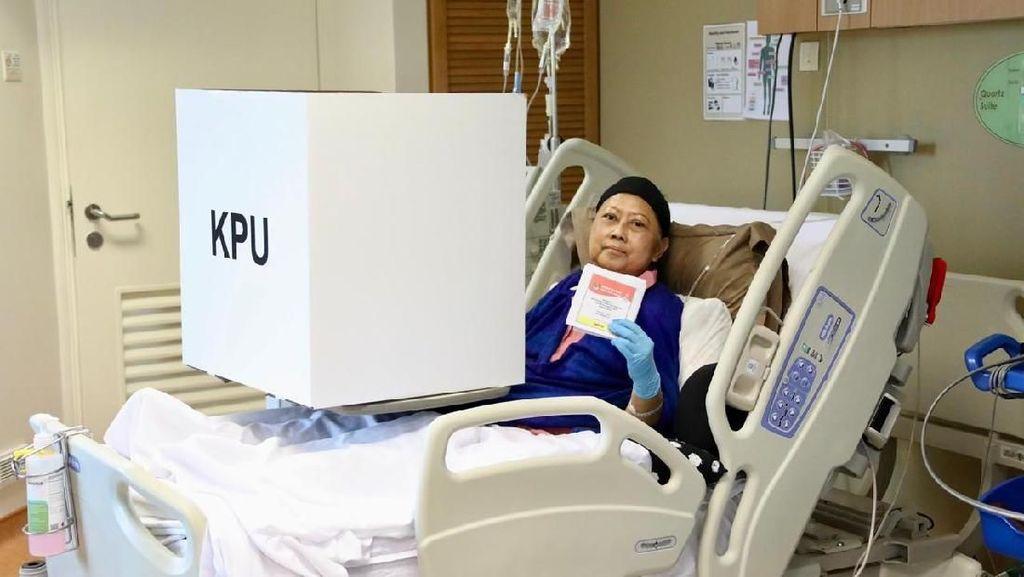 Melly Goeslaw hingga Ashanty Semangati Ani Yudhoyono yang Nyoblos di Ranjang RS