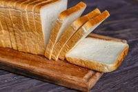Sering Sarapan Roti Ternyata Tingkatkan Resiko Kanker Payudara