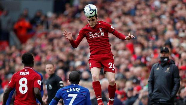 Andrew Robertson bisa dimainkan menghadapi FC Porto.