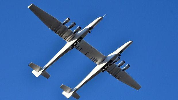 Pesawat Terbesar Di Dunia Seharga RP 5.6 Terliun WOW!!