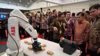 JK mengatakan perkembangan industri di Indonesia cukup positif. Istimewa/Jeri Wongiyanto/Setwapres.