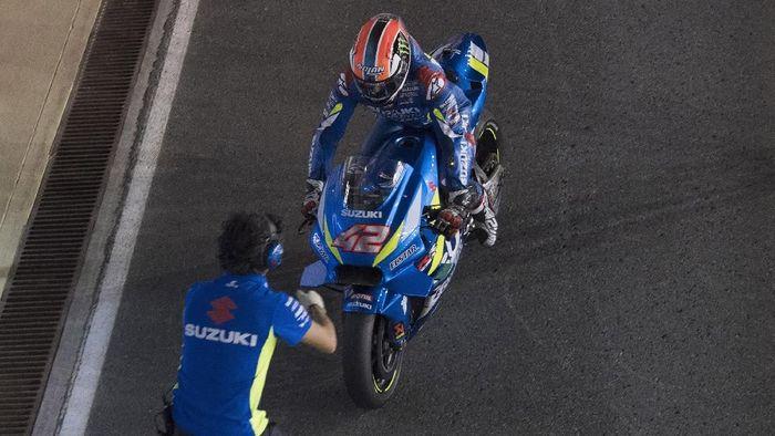Alex Rins memperbesar asa Suzuki untuk bersaing. (Foto: Mirco Lazzari/Getty Images)