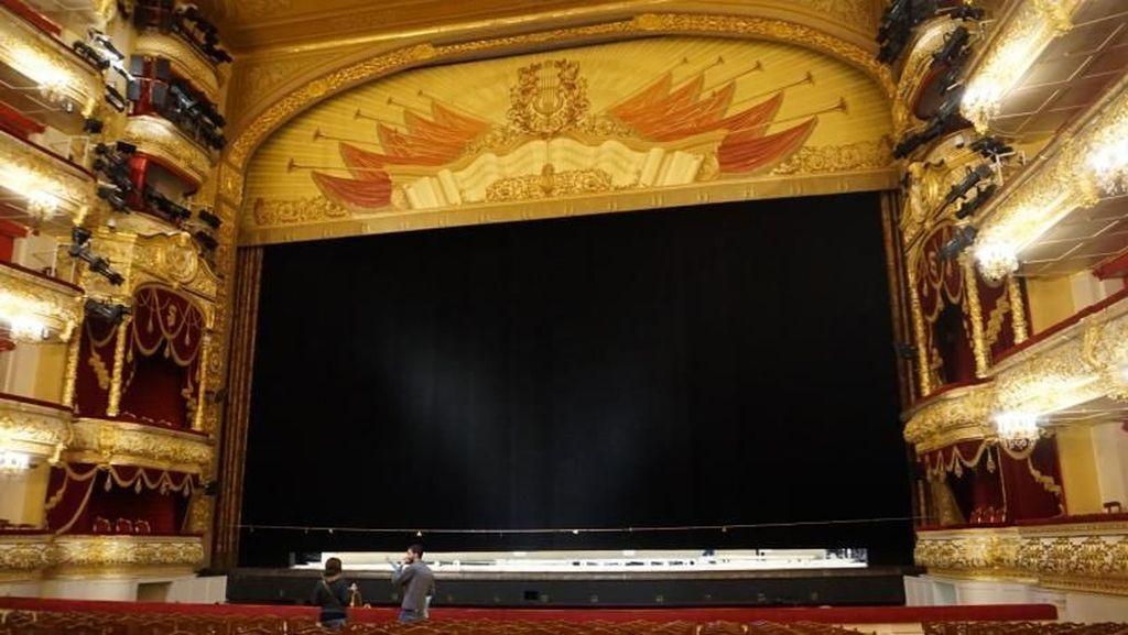 Melihat Kemegahan Rusia Lewat Theater Kelas Dunia