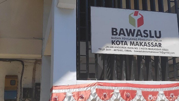 Kantor Bawaslu Makassar (M Taufiqqurrahman/detikcom)