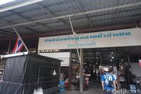Letaknya sekitar 2 jam perjalanan dari Bangkok. Tepatnya di Provinsi Ratchaburi (Shinta/detikcom)