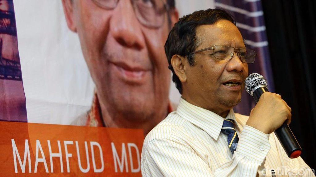 Mahfud Md: Masih Banyak Korupsi, Jokowi Akui Birokrasi Kita Busuk