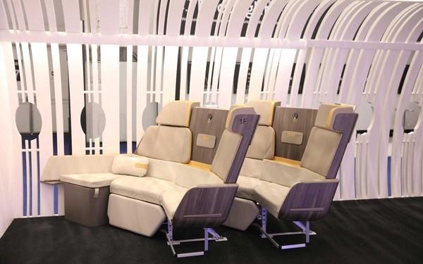 Inovasi ini dikeluarkan oleh perusahaan pesawat Airbus, yang bekerjasama dengan pembuat interior Geven (Airbus)