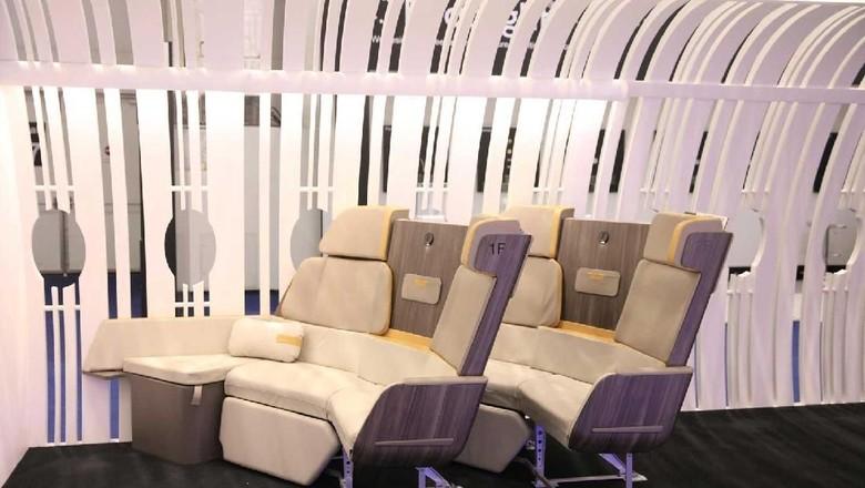 Kursi sofa di kelas bisnis Airbus (Airbus)