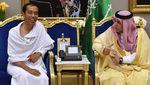 Momen Jokowi Bertemu Raja Salman, Umrah Hingga Masuk Kakbah