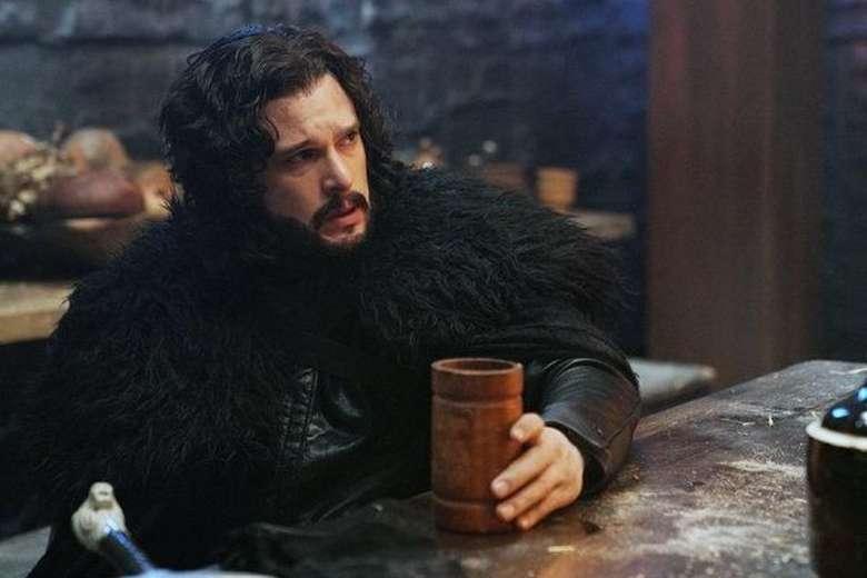 Christopher Catesby Harington atau Kit Harington merupakan aktor asal London, Inggris. Ia memulai karirnya sejak tahun 2008. Namanya mulai dikenal luas setelah ia bermain di serial Game of Thrones. Foto: Istimewa