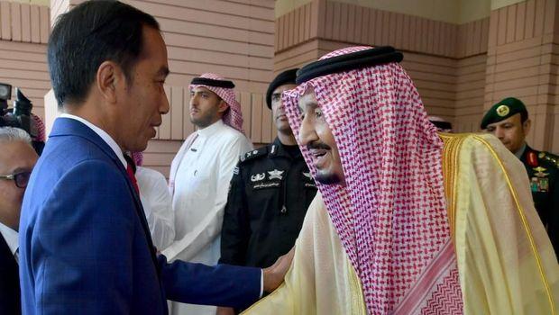 Pertemuan Jokowi dan Raja Salman di Riyadh, Arab Saudi, Minggu (14/4/2019). (Foto: Biro Pers Sekretariat Presiden)