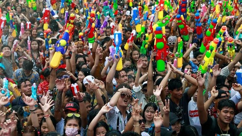 Foto: Ilustrasi wisatawan di Thailand (Reuters)