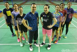Pulang Kampung, Rionny Mainaky Latih Tunggal Putri Pelatnas PBSI