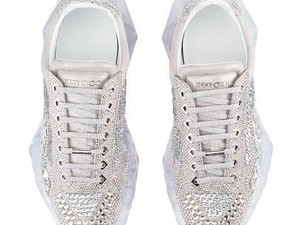 Mewahnya Sneakers Jimmy Choo Bertabur Kristal Swarovski