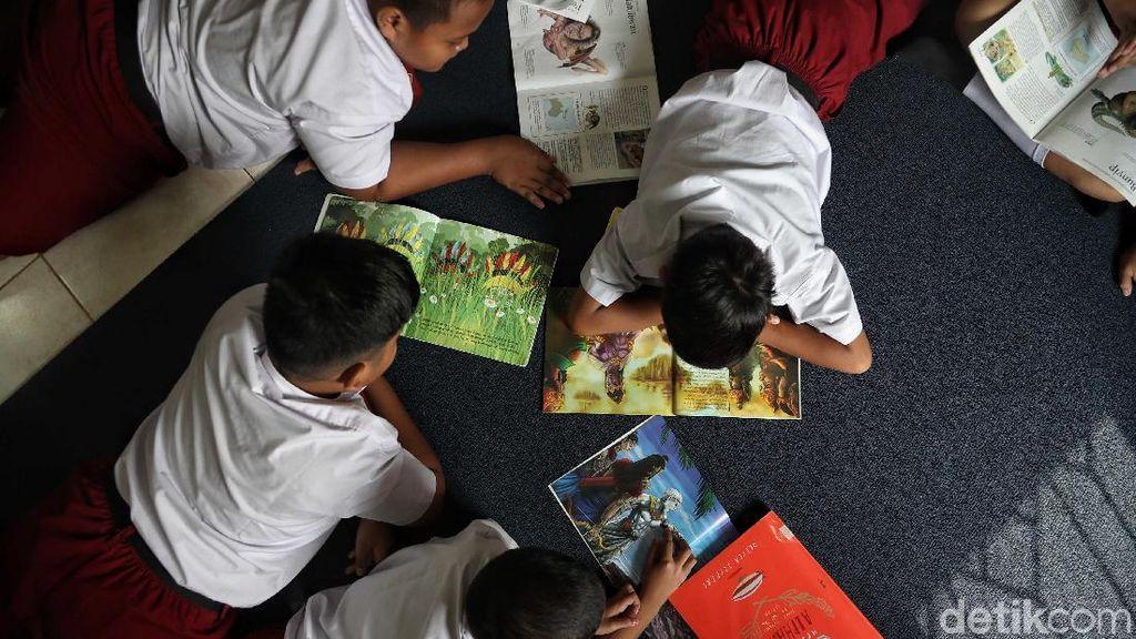 Melahap Ilmu Lewat Perpustakaan di Jakarta Utara