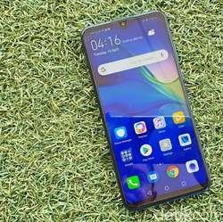 Huawei P30 Lite, Ponsel Kelas Menengah yang Meriah