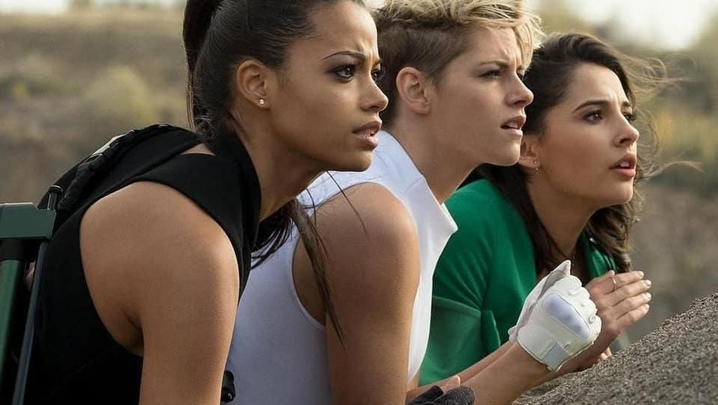 Gaya Kulineran Tiga Bidadari Cantik di Film Charlies Angels Terbaru