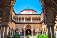 Istana Real Alcazar di Spanyol disulap menjadi set syuting Game of Thrones untuk menggambarkan Water Garden, tempat tinggal House Martell of Sunspear, penguasa Dorne (iStock)