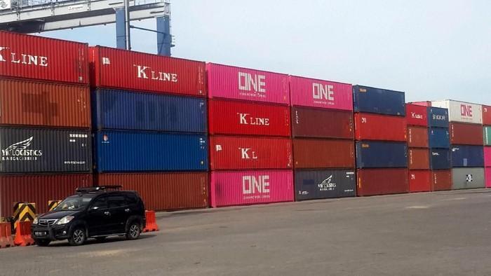 Terminal Peti Kemas (TPK) Koja terus memberikan layanan terbaiknya bagi para pelanggannya. Kini, dalam mendukung Pelabuhan Tanjung Priok ia memperluas layanan agar bisa melayani pelayaran internasional.