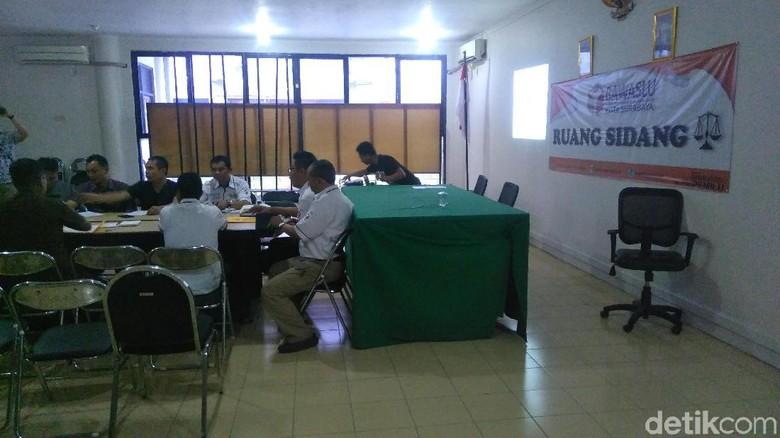 Gakkumdu Curiga dengan Uang Ratusan Juta yang Diamankan di Surabaya