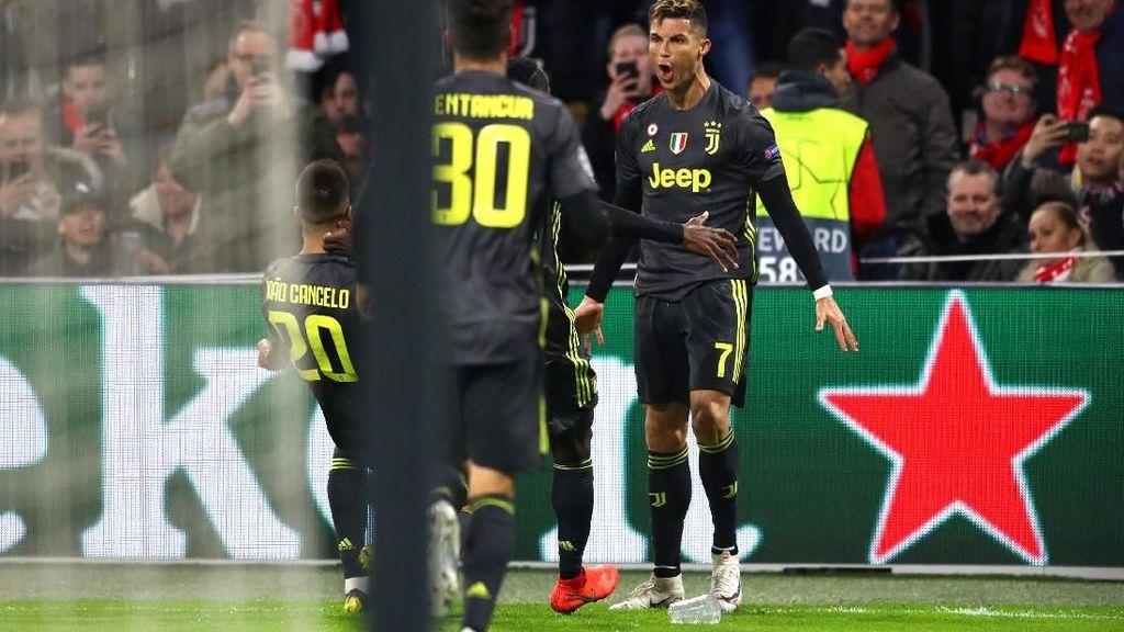 Ajax Bertekad Menang, tapi Bukan Man To Man Marking Ronaldo Caranya