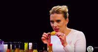 Jawaban Scarlett Johansson Soal Avengers Endgame Saat Ikut Tantangan Makan Pedas