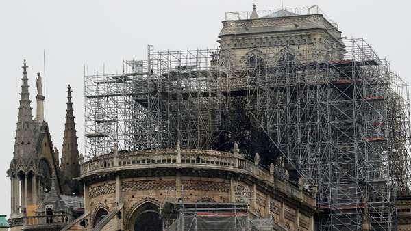 Kebakaran Katedral Notre-Dame Buat Para Pemimpin Dunia Tertegun