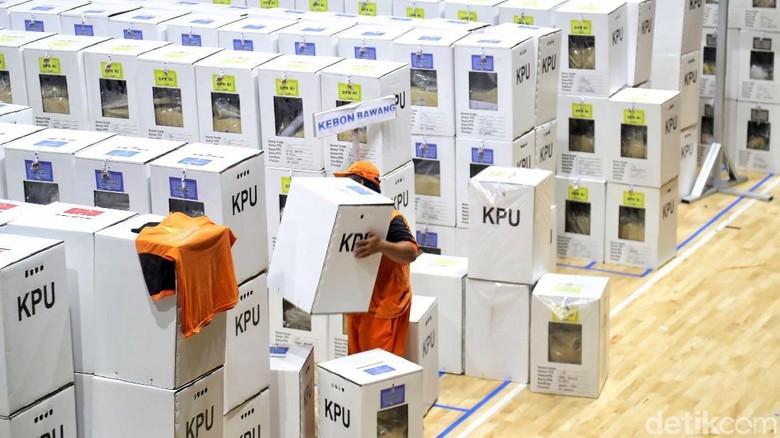 33 Juta Warga Jawa Barat Berhak Mencoblos Hari Ini