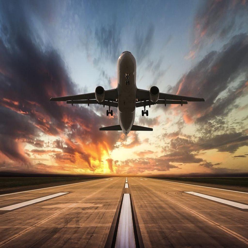 Pesawat Maskapai Spanyol Alami Turbulensi Parah, 14 Orang Luka-luka