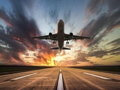 Jangan Takut Naik Pesawat! Ini 5 Tips Jitu Mengatasinya