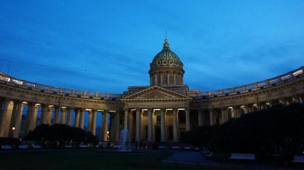 Foto: Katedral Megah Rusia, Tak Kalah dengan Notre Dame