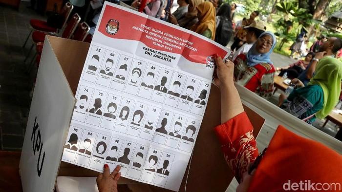 Ilustrasi surat suara (Foto: Pradita Utama)