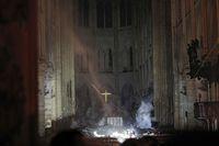 Presiden Prancis Janji Bangun Lagi Notre-Dame dalam 5 Tahun