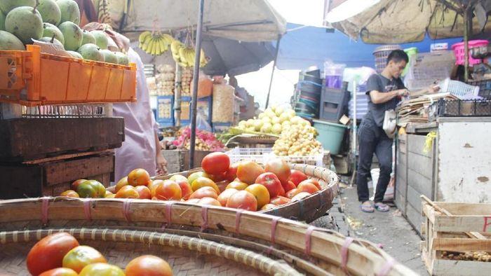 Harga tomat naik/Foto: Yudha Maulana/detikcom