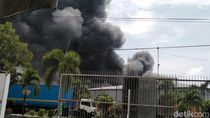 Gudang Pabrik Kacang Garudafood di Pati Terbakar