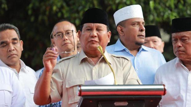 Prabowo Muncul Lagi: Kita Menang 62%!