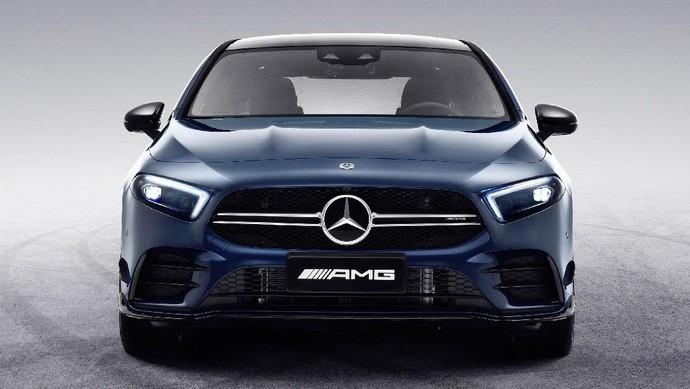 Cantiknya Mercedes-AMG A35 L sedan Ini