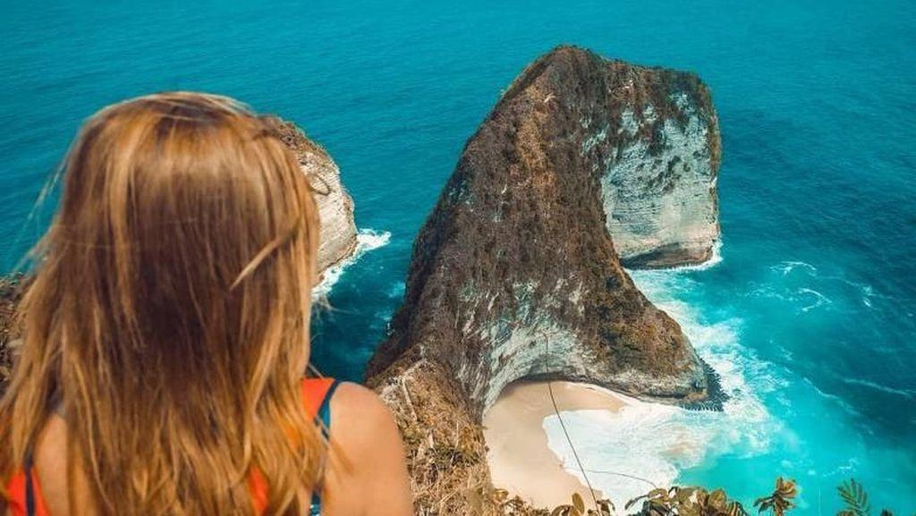 Jalan-jalan ke Nusa Penida, Tempatnya Pantai Terbaik Nomor 2 se-Asia