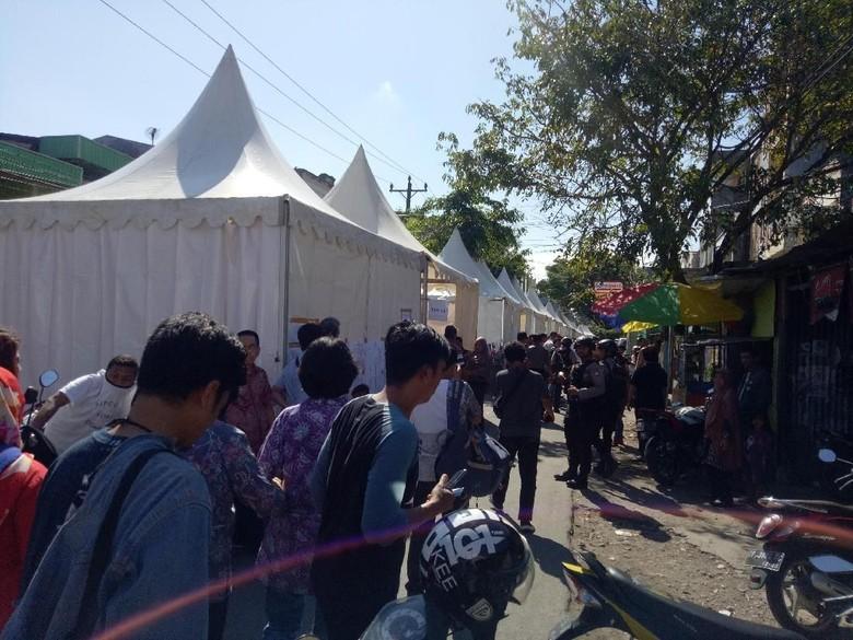 Di Makassar Ada 14 TPS Berdampingan Mirip Pasar Kuliner