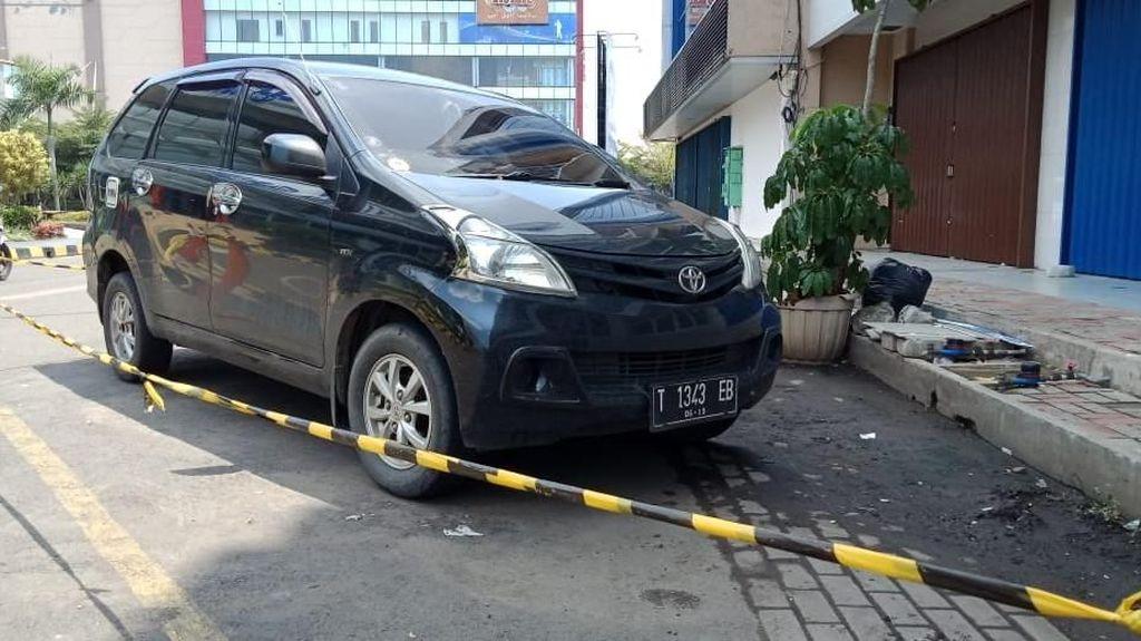Sopir Taksi Online Tewas dengan Mulut Berbusa di Karawang