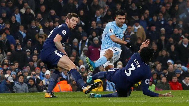 Aguero terakhir kali cetak gol ke gawang Tottenham pada Mei 2015.