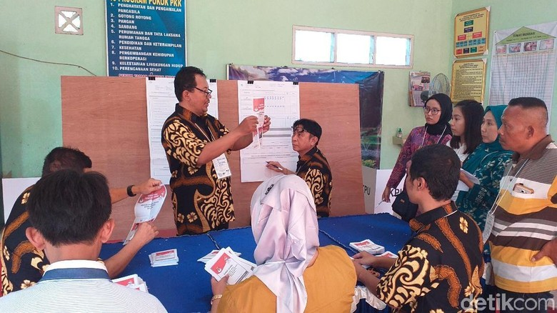 Jokowi-Maruf Menang di TPS Tempat Wali Kota Risma Nyoblos