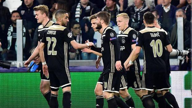 Ajax Amsterdam meraih sukses besar musim ini berkat Erik ten Hag.