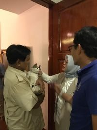 Prabowo ajak kucing Bobby the Cat jenguk Sandiaga