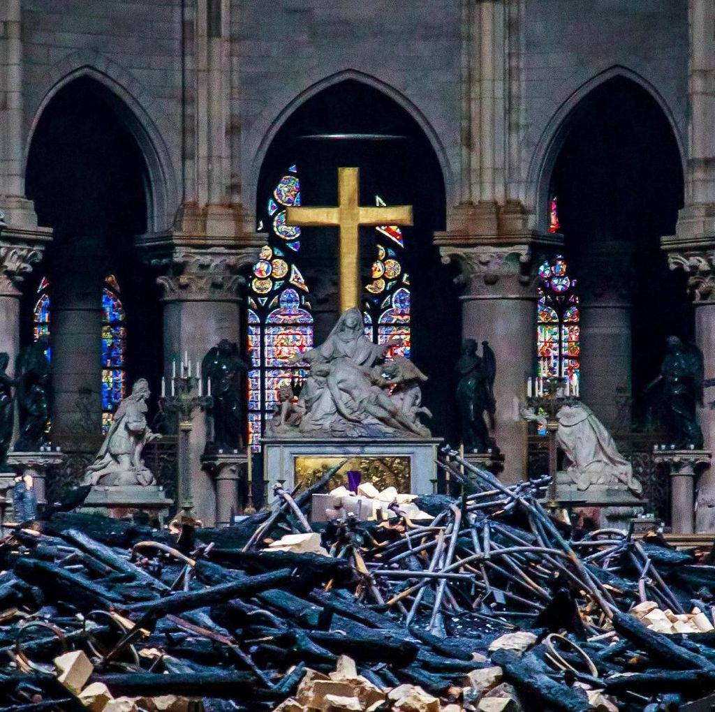Universal Music Bikin Album untuk Katedral Notre-Dame