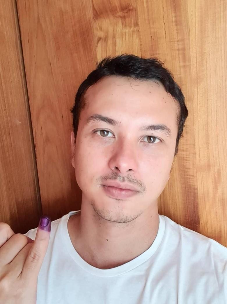 The Power of Nicholas Saputra di Tengah Kehebohan Pilpres