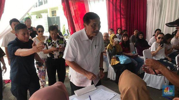Luhut: Jangan Ditakuti & Dimarahi, Pilih Pakai Nurani!