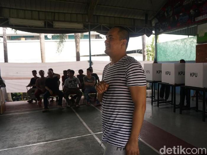 Saipul Jamil nyoblos di LP Cipinang