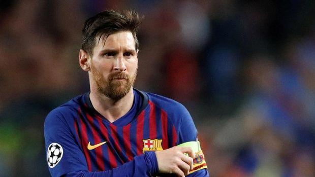 Lionel Messi dua kali membobol gawang Man United di babak pertama.